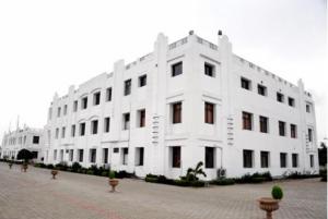 INDORE INDIRA BUSINESS SCHOOL